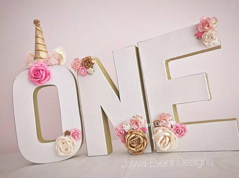 Unicorn Theme Decorated Age Words - Gold Trim
