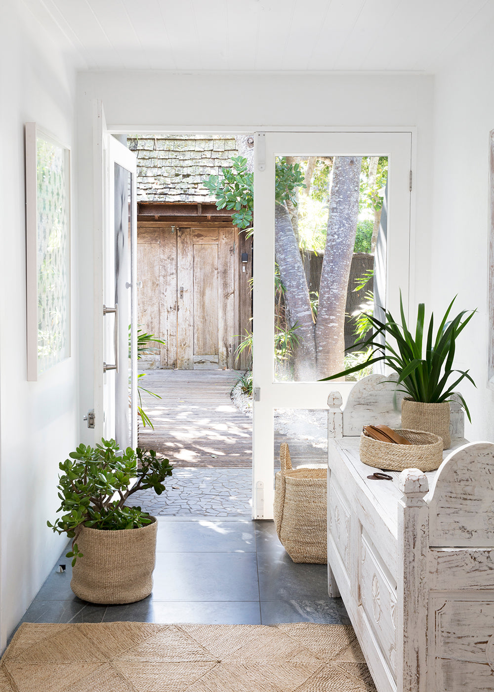 Entryway Style Tips to Create a Warm Welcome
