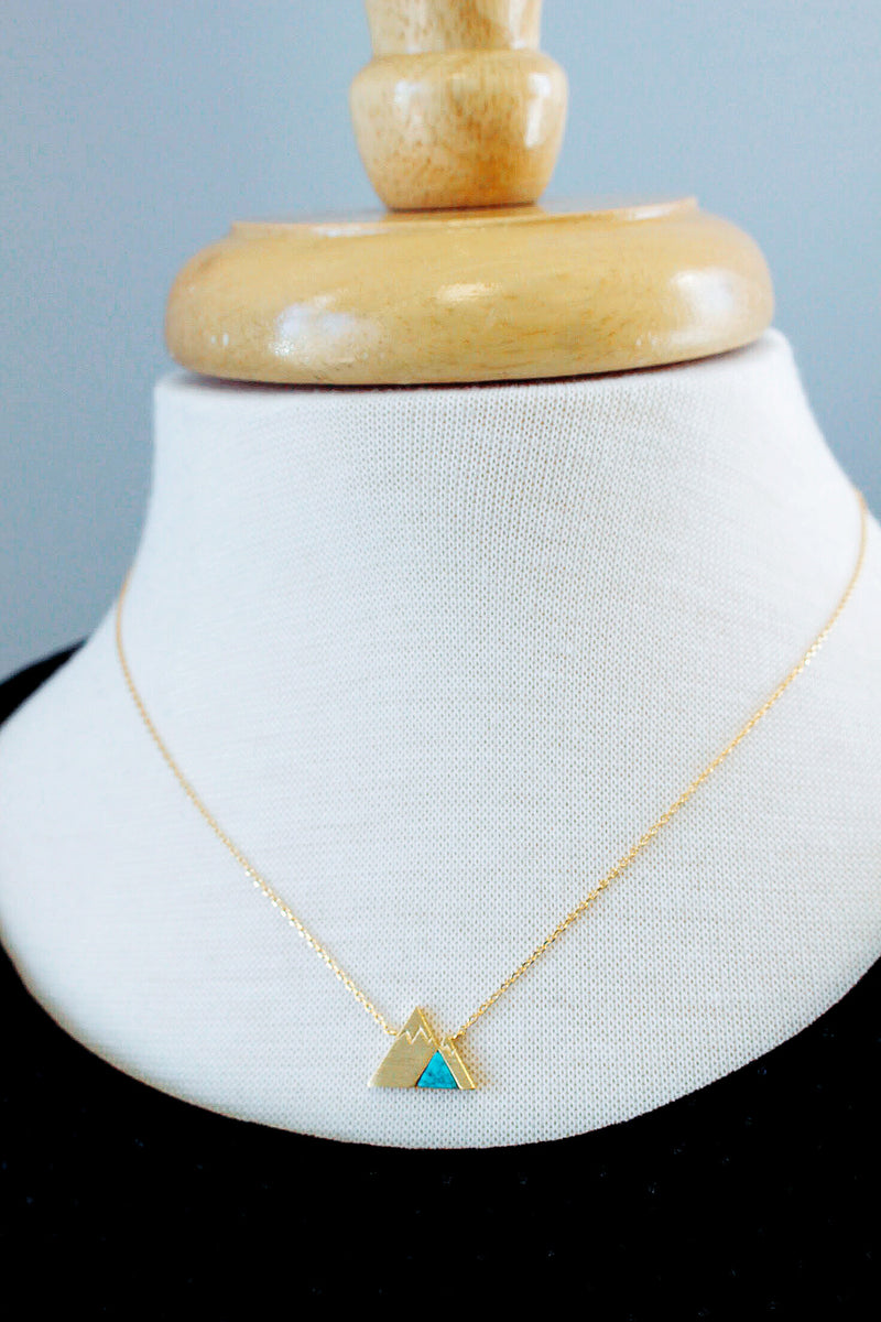 SUMMIT NECKLACE//TURQUOISE STONE