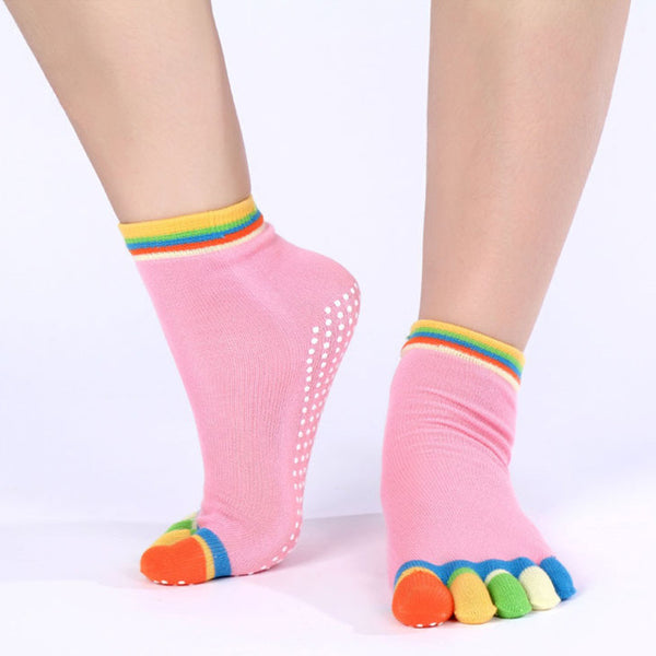 2017 High Quality Women Five Fingers Multicolor Cotton Socks Non-slip Pilates Socks Physical Fitness Dynamic Youth Teo Socks