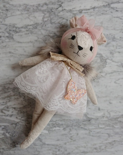 Wonderforest Co Mouse Doll - White with Butterfly Bag