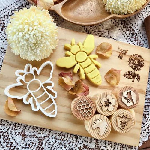 Beadie Bug Play - Bio Dough Cutter - Bee