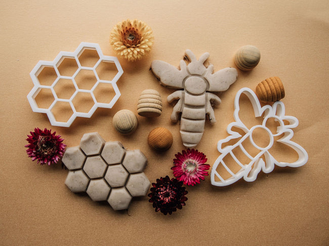 Beadie Bug Play - Bio Dough Cutter - Honeycomb