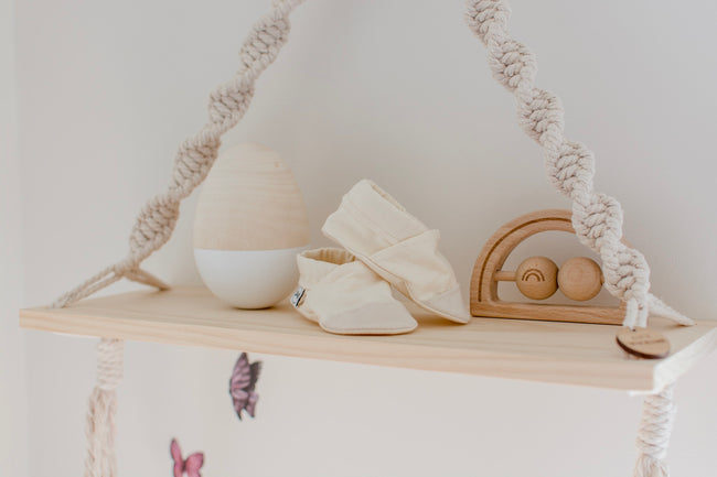 Love Macrame - Macrame Shelf Swing - Natural