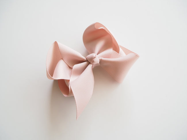 Snuggle Hunny Clip Bow - Nude Medium