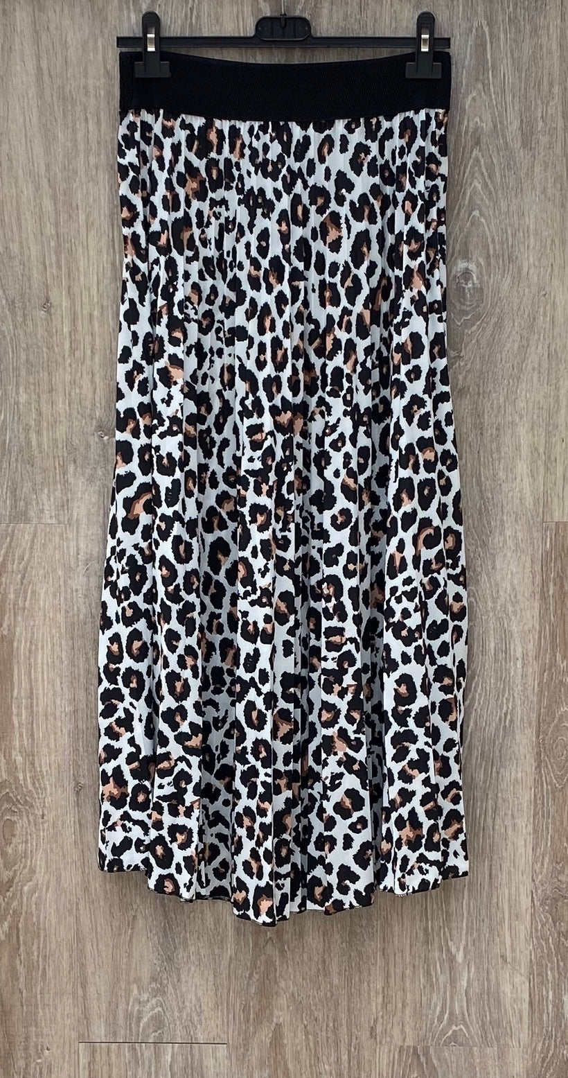 Animal Print Pleat Skirt