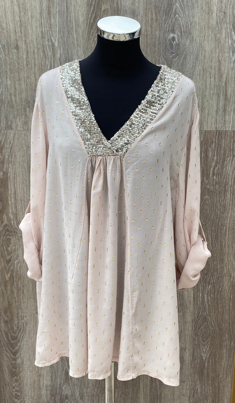 Boho blouse with sequin V