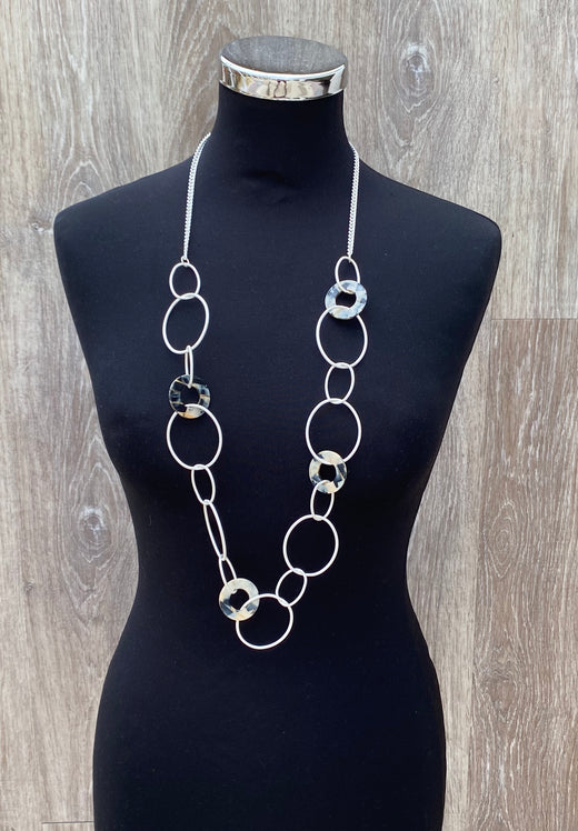 Funky circles necklace