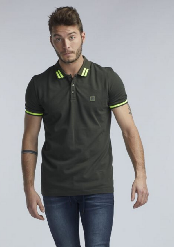 Neon collar polo shirt 011246