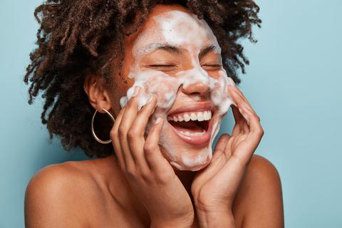 Can I Use Exfoliating Acids In The Summer Months?