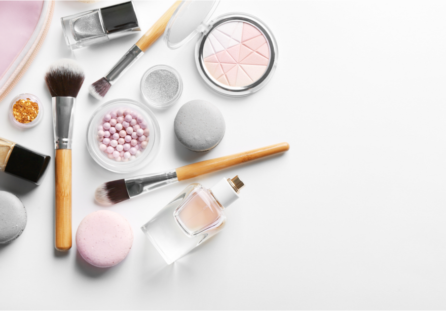 Cosmetic Makeup Vs. Mineral Makeup: The Benefits Of Mineral Makeup