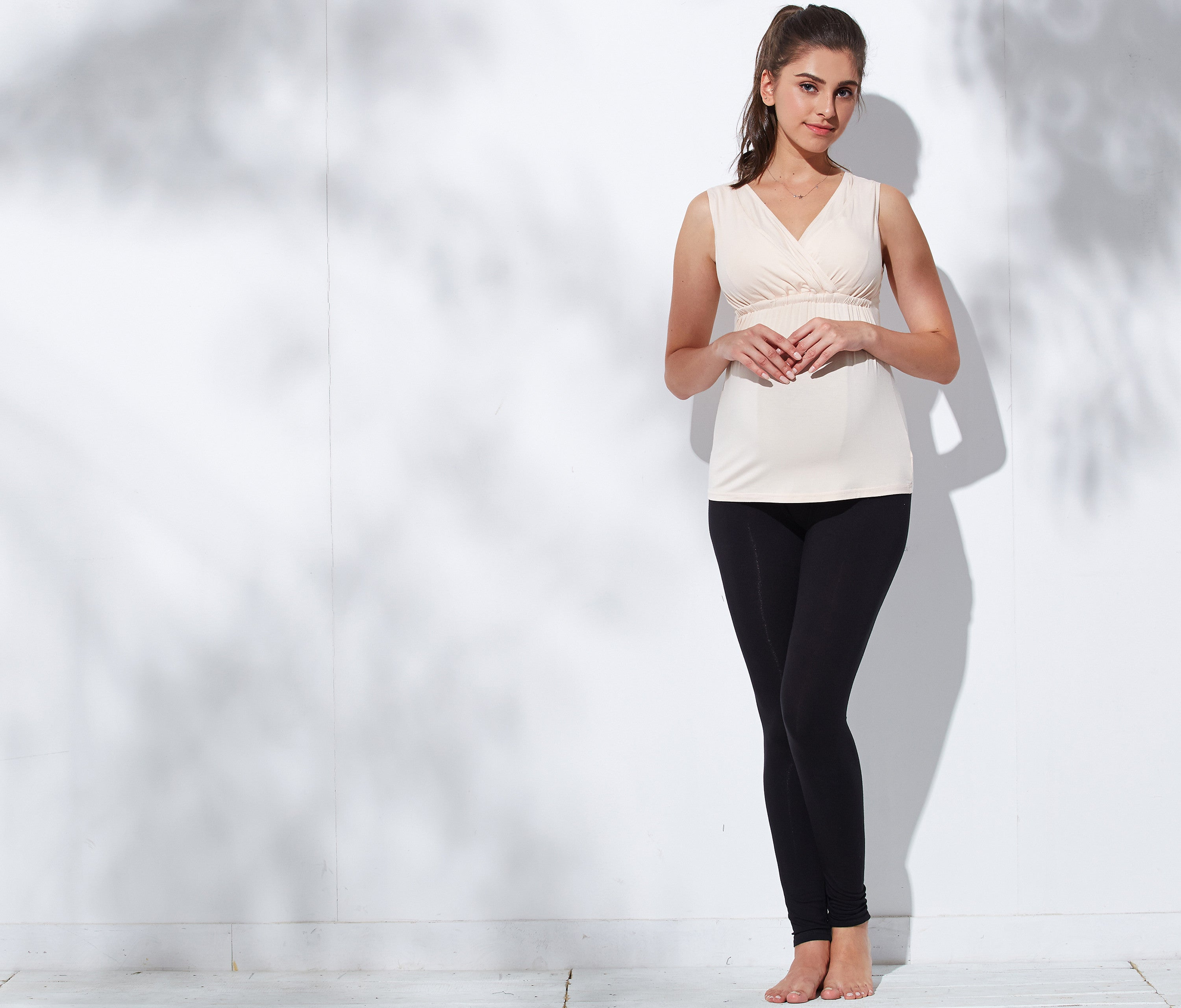 postpartum stretchy leggings black