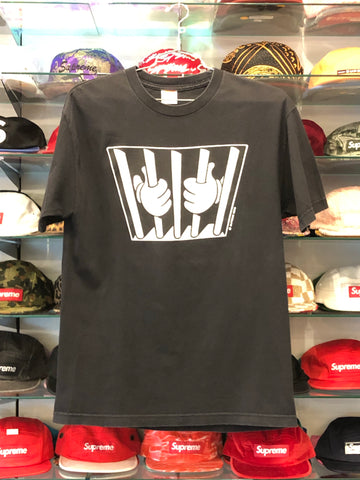SUPREME JAIL TEE BLACK (PRE-OWNED) SIZE L