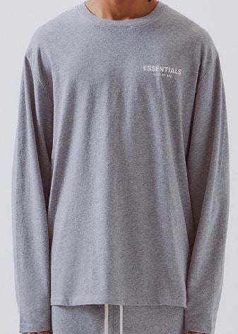 FEAR OF GOD ESSENTIALS BOXY LOGO L/S TEE GREY SIZE S