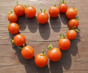 You Say Tomato, I say Goodbye Wrinkles - Foods That Prevent Wrinkles