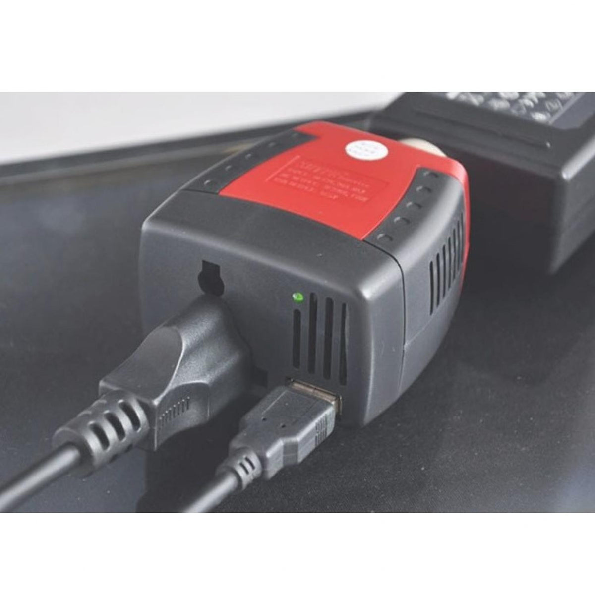 CAR POWER INVERTER - CHARGER LAPTOP DI MOBIL