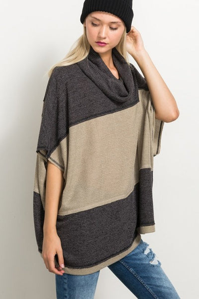 COLORBLOCK TURTLENECK PONCHO