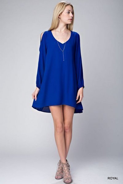 Solid chiffon dress with cut out sleeves.