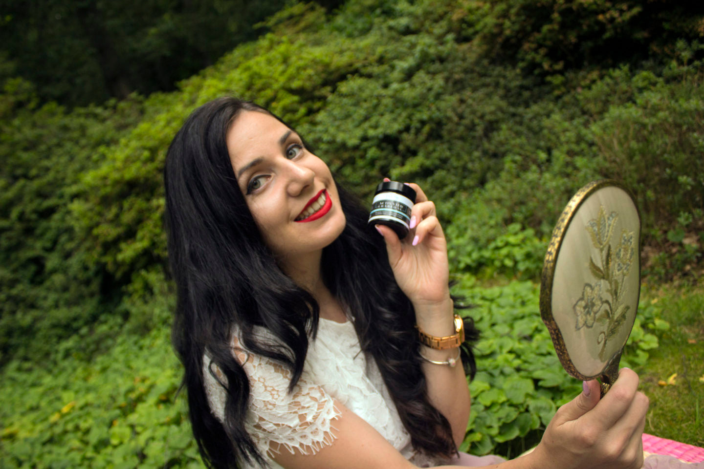 DOES CHARCOAL WHITENING POWDER WORTH THE HYPE STYLISH CONFIDENCE REVIEW