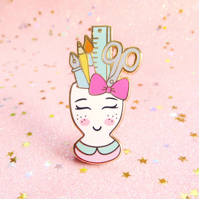 Stationery Cup Pin - Little Lefty Lou