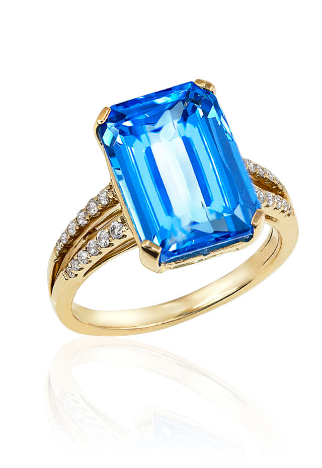 14K Yellow Gold Blue Topaz and Diamond Ring, 9.22 TCW