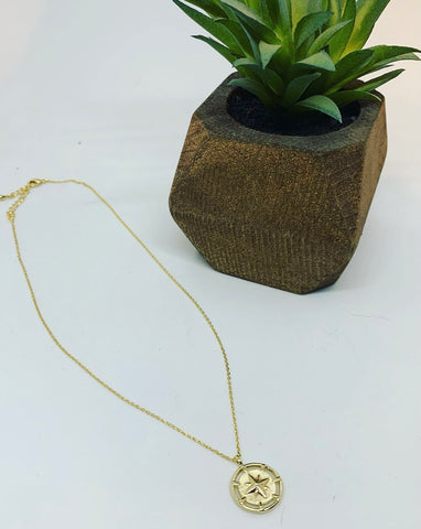 18K GOLD NORTH STAR NECKLACE