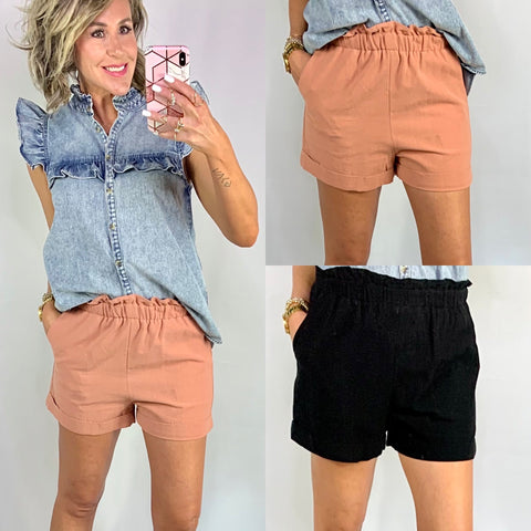 TAKE IT EASY RUFFLE SHORTS/ AVAILABLE IN 2 COLORS