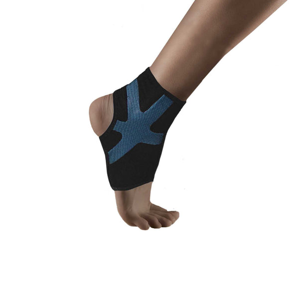 Uriel Compression Ankle Sleeve  applies compression to the ankle,  compresses strains and injuries. Injected Silicone Compression taping provides targeted support for the ankle joint, enhances proprioception, improves circulation and reduces vibration on surrounding muscle tissue Ideal protection for high sports performance and training.