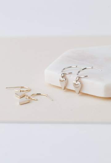 EVERLY HEART HOOP EARRING