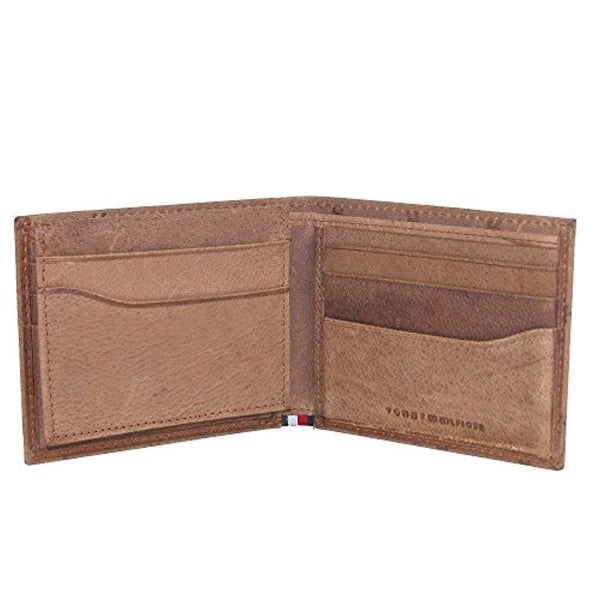 Tommy Hilfiger Men's Leather Vaughn Embossed Bifold Wallet Saddle (31TL220070)
