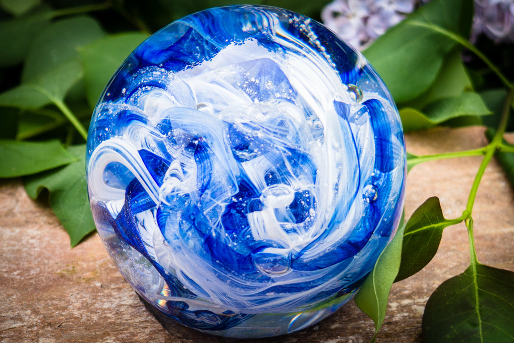 turning a family member's ashes into glass artwork to preserve their memory