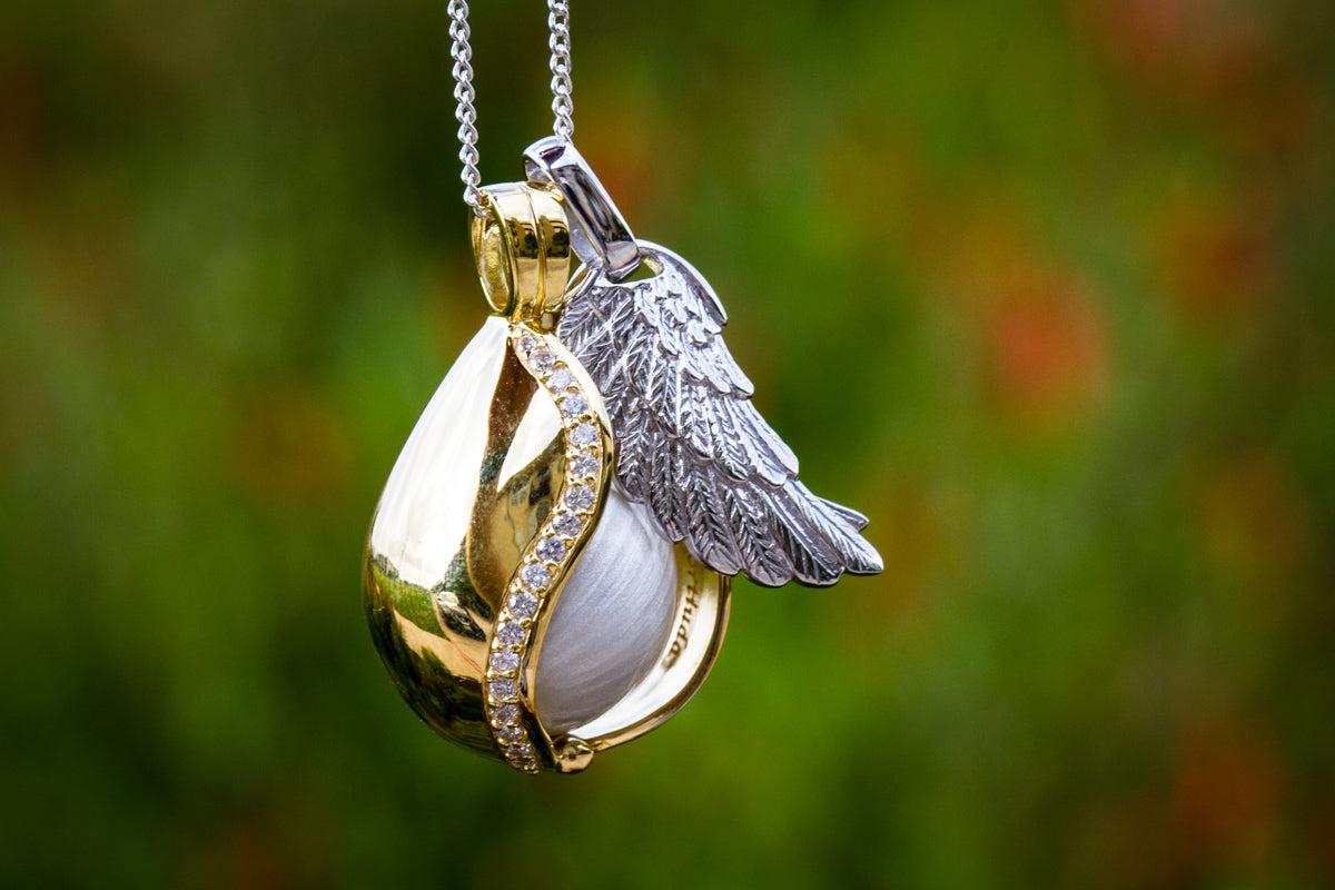 Fairy Angel Wing Necklace-holographic Purple-handmade Resin Jewelry Engagement & Wedding