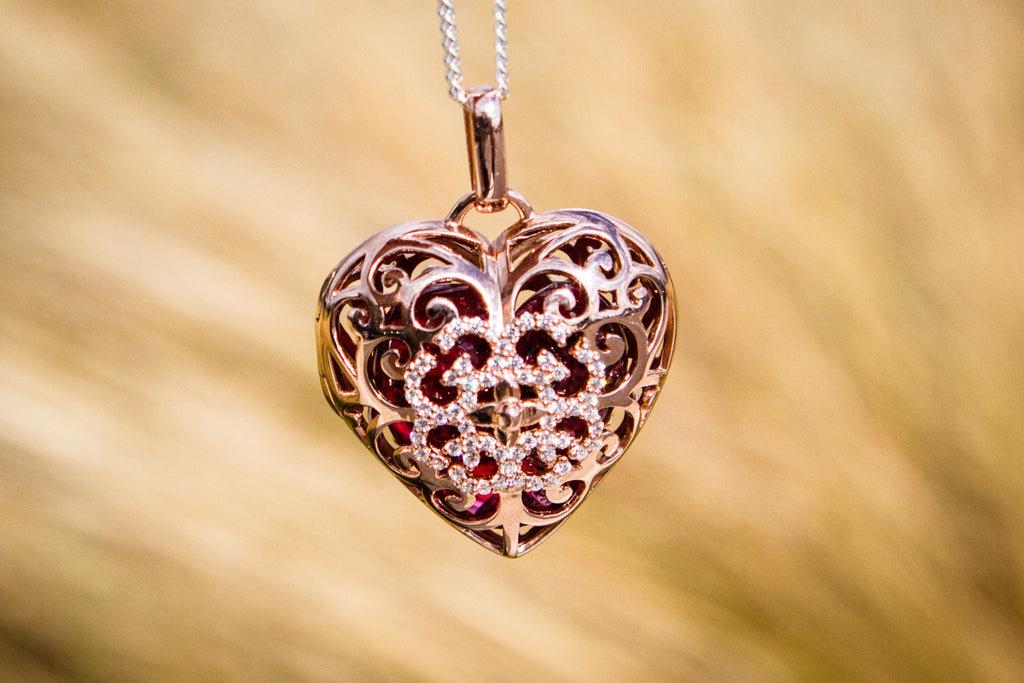 Gold cremation jewelry pendant