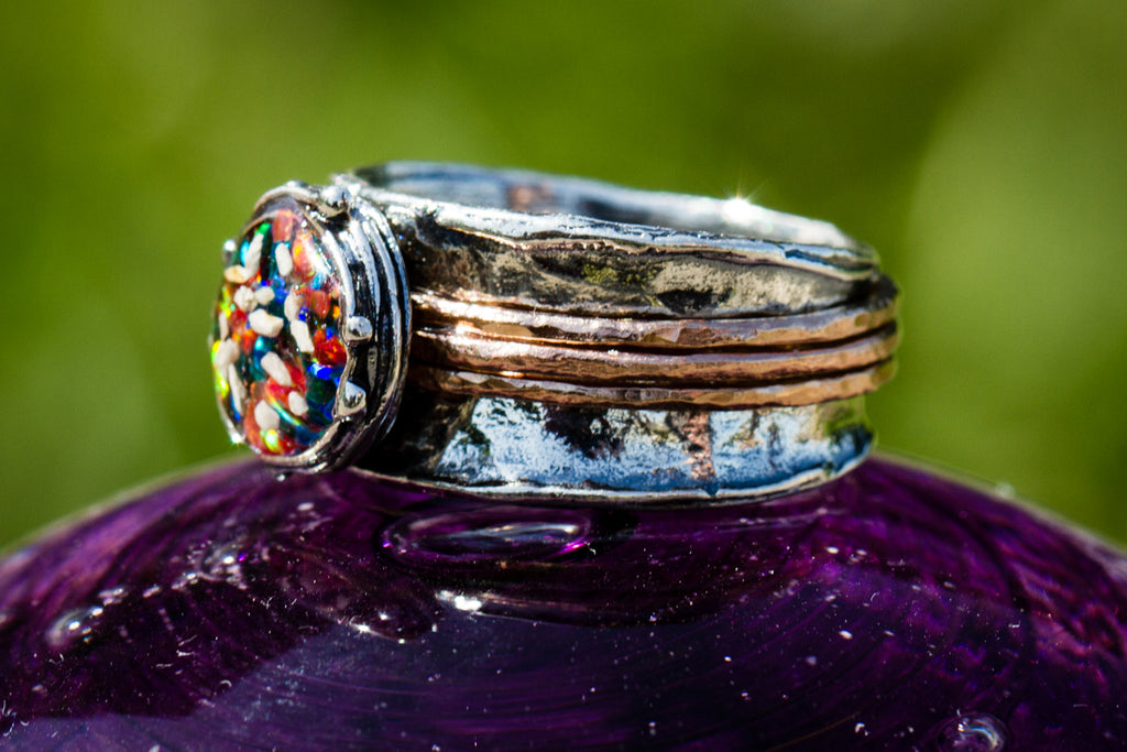 Cremation Jewelry Ring wit Cremation Ash from Pets and People