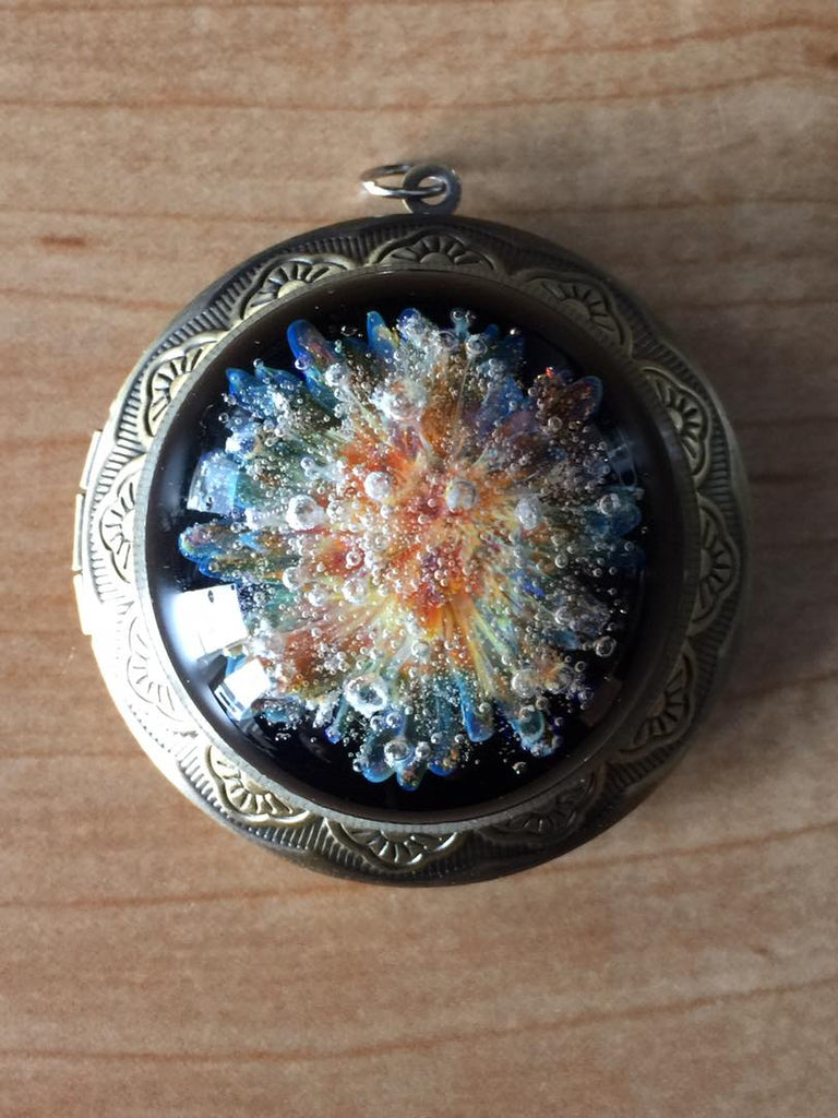 Memorial Glass Locket with Infused Cremation Ash