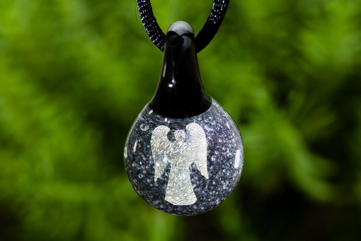 Angel hologram pendant with infused cremation ash by dann 7900 angel hologram pendant with infused cremation ash mozeypictures Images