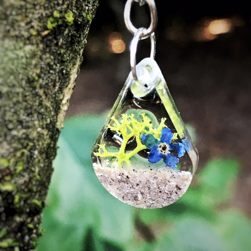 Memorial Keychains with Cremation Ash