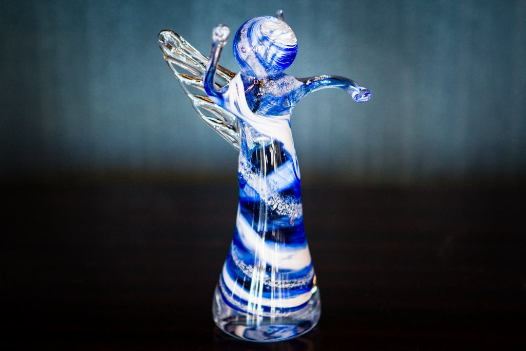 memorial-glass-angels-with-infused-cremation-ash