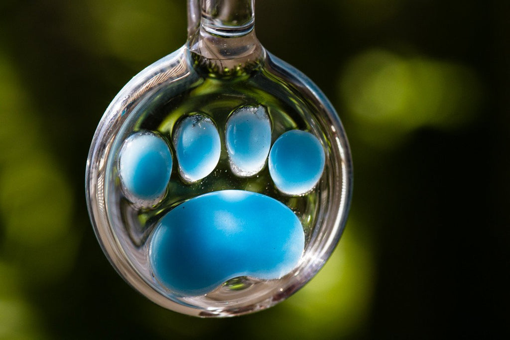 paw-print-pendants-with-cremains
