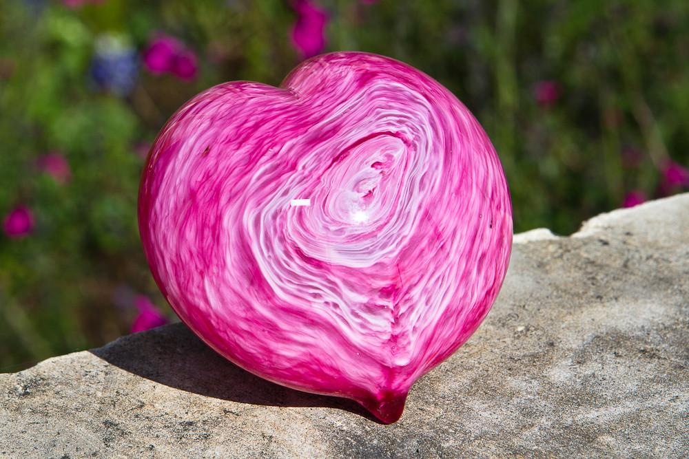 Pink Memorial Glass Heart Paperweight with Ash - Wonderful Rememberance Art and Memorial Gift