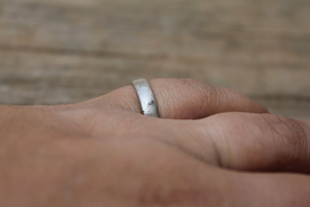 Silver Ring with Infused Cremation Ash for Pet Rememberance