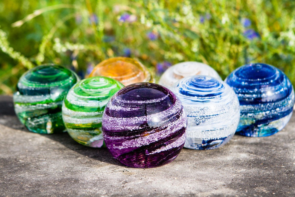 sparkle-paperweight-with-infused-cremains