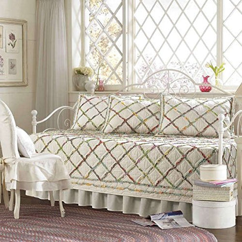 Vintage Ruffled Garden 5-piece Beige Quilted Daybed Cover Set