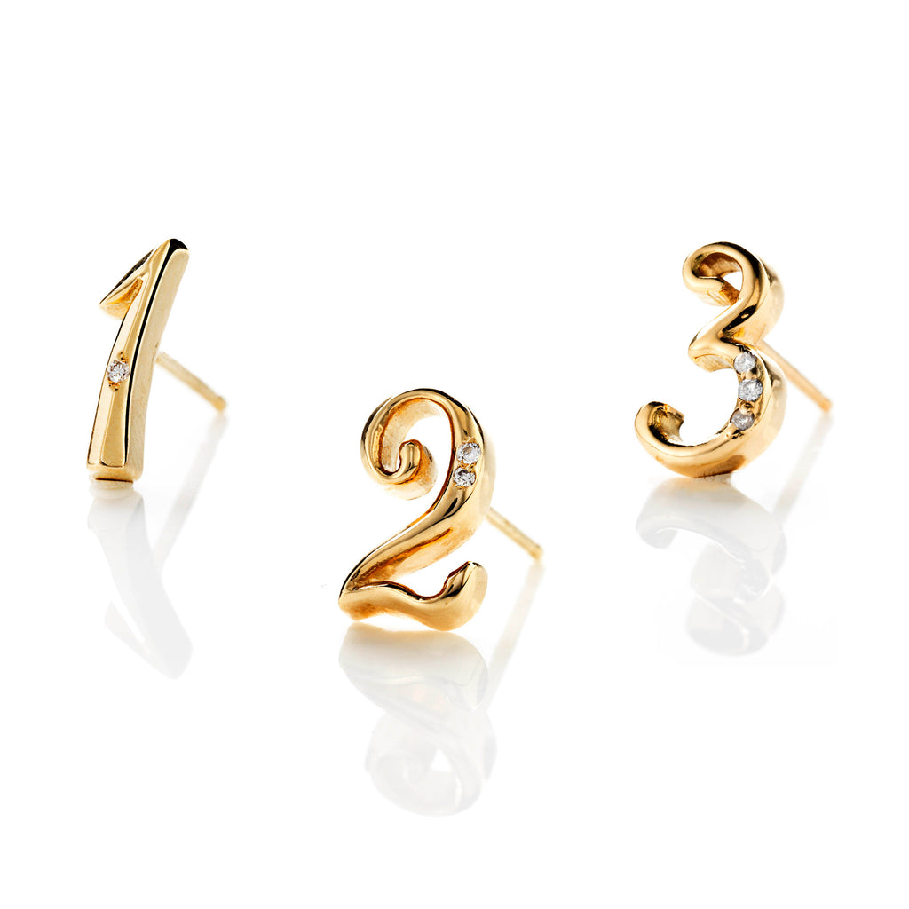 CODE Number Diamond Stud Earring 18k Gold