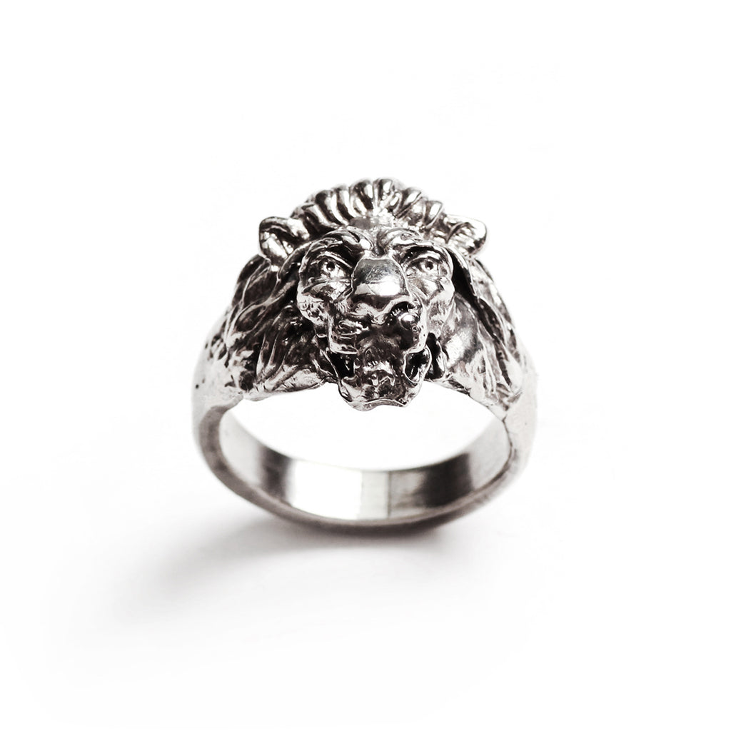 George Frost Bravery Lion Ring - White Bronze - Photo