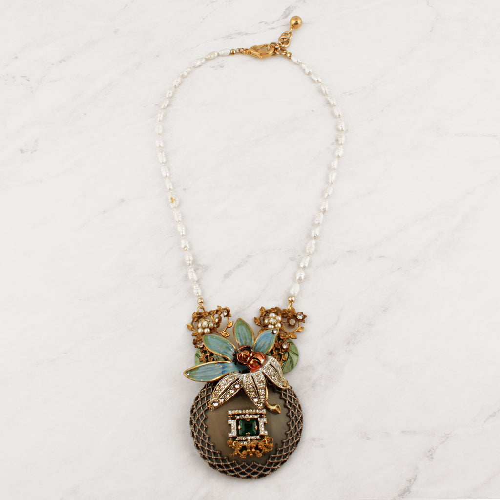 Vintage Verdant Iris Passage Necklace
