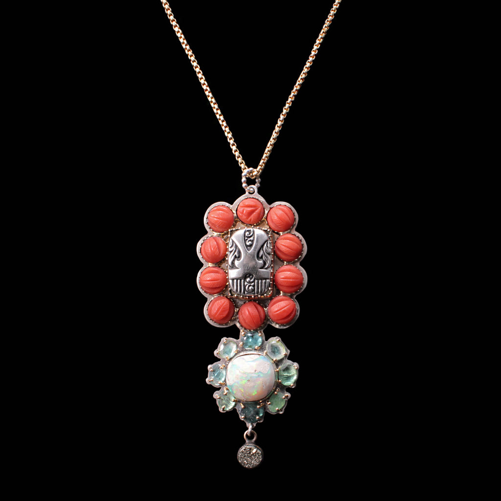 Fine Vintage Totem Necklace - Coral Dot Border