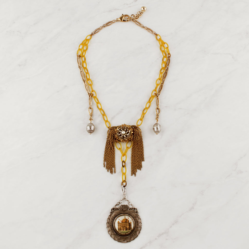 Vintage Swagged Lumen Jaunt Necklace
