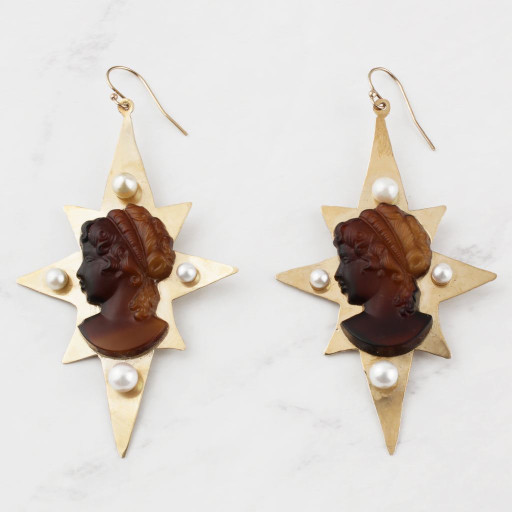 Cameo Starry Pearl Earrings