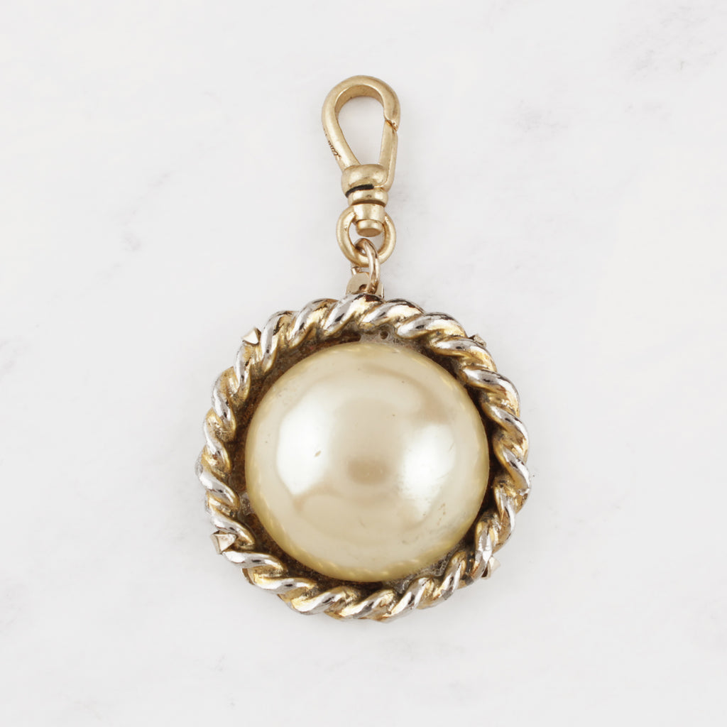 Vintage Faux-Pearl Glass Cabochon and Gold Plated Janie Charm